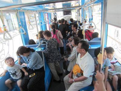 大仏君の日記帳(高岡市観光協会のブログ)-ドラえもん電車