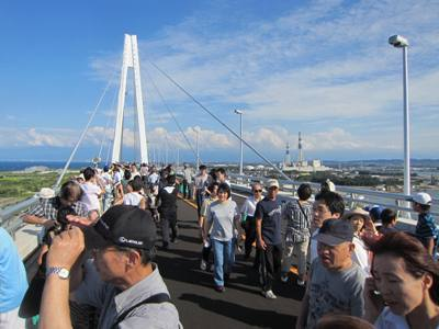 大仏君の日記帳(高岡市観光協会のブログ)-新湊大橋一般開放