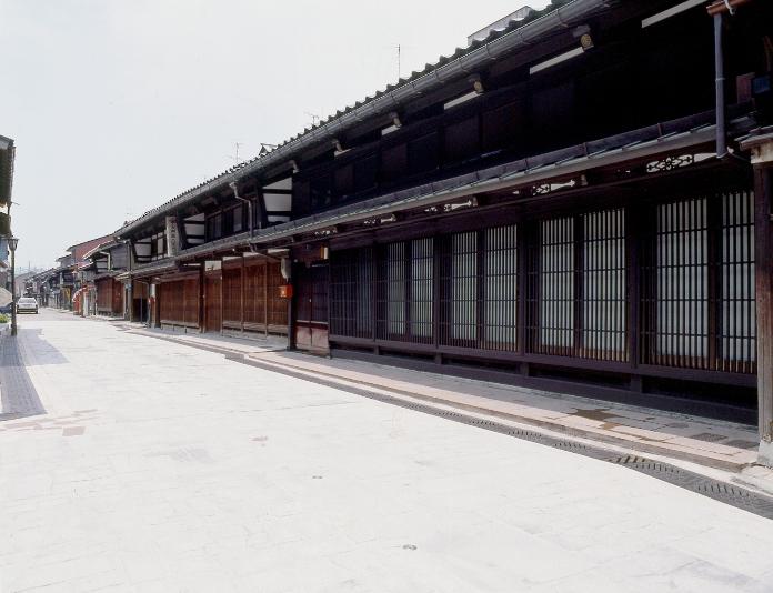 金屋町1(700)