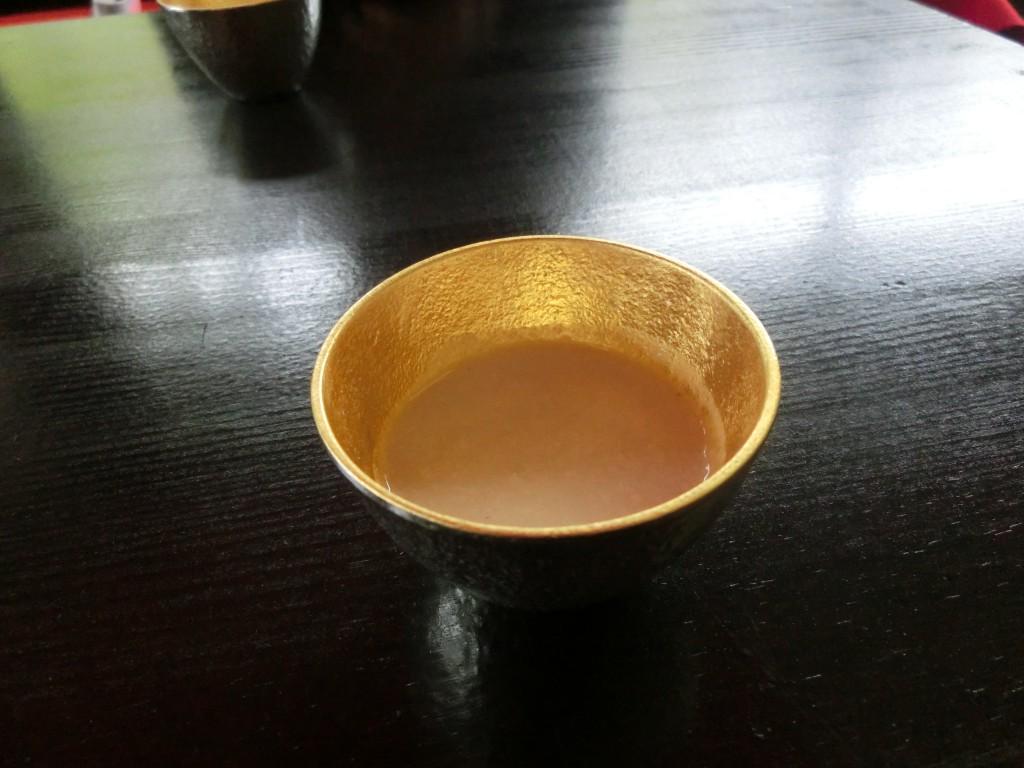 粕湯酒(能作のぐい吞みにて)