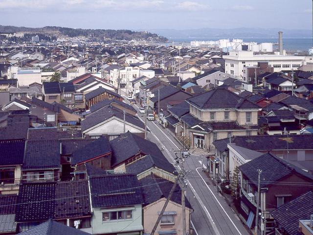 湊町リバープレイス | OSAKA-INFO